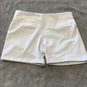 Ododos white yoga workout booty shorts small